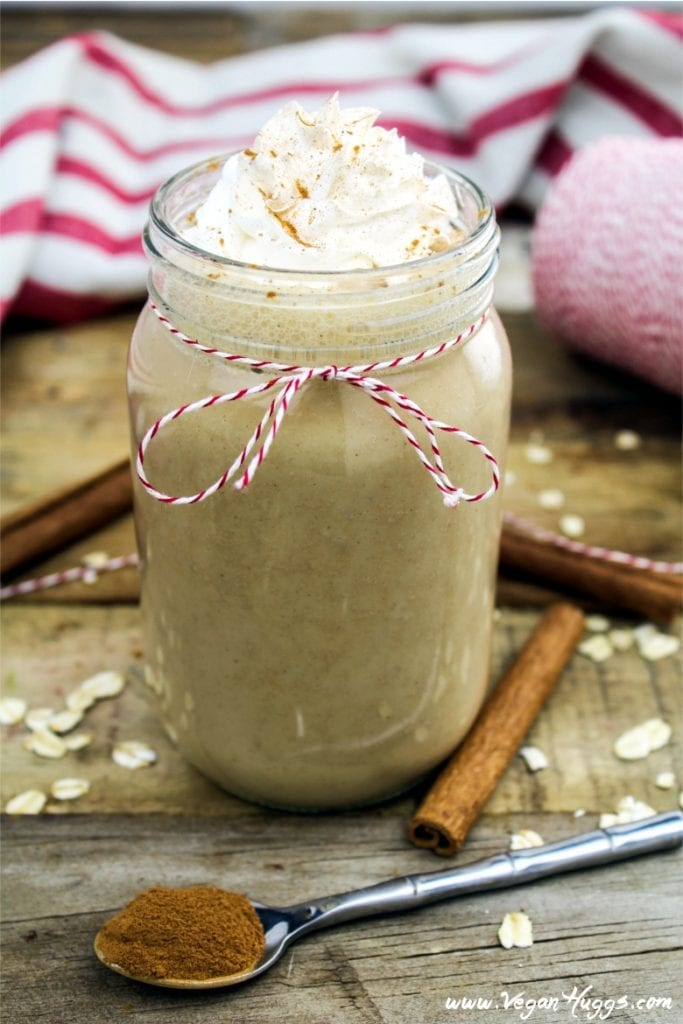 This healthy Apple Pie Smoothie is the perfect fall treat. It's creamy, dreamy & nutritious. It's vegan, gluten-free & guilt-free, too.