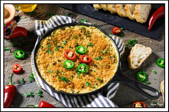 Vegan Jalapeño Popper Dip ~ warm, spicy, cheesy & completely addictive. Made with simple & wholesome ingredients.