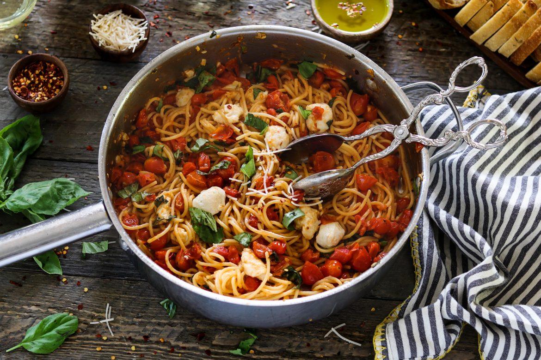 Vegan pasta caprese 30 minute meal vegan huggs vegan pasta caprese 30 minute meal forumfinder Images
