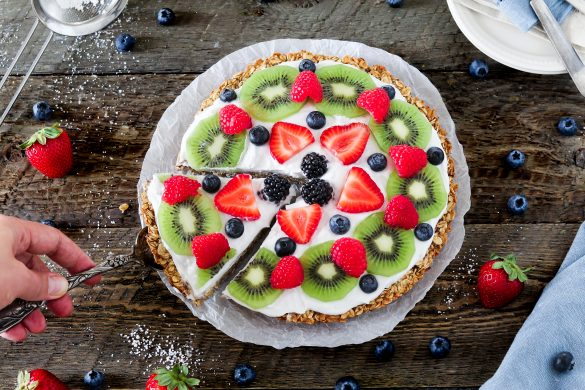 Tired of boring oatmeal for breakfast? Why not start your mornings off with this quick & easy Healthy Fruit Pizza? It's nut-free, soy-free, gluten-free, oil-free & vegan!