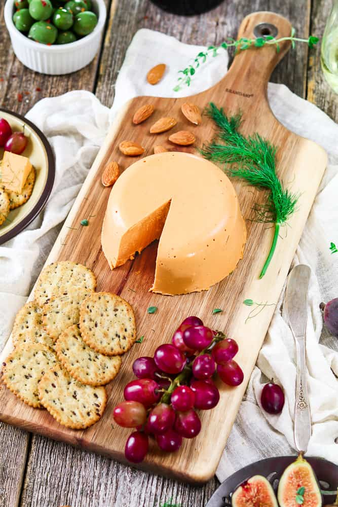 Smoky Vegan Cheddar Cheese (Gluten-Free) - Vegan Huggs