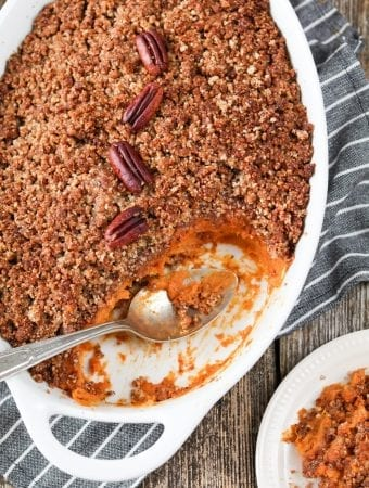 Vegan-Sweet-Potato-Casserole-Pecan-crumble-24