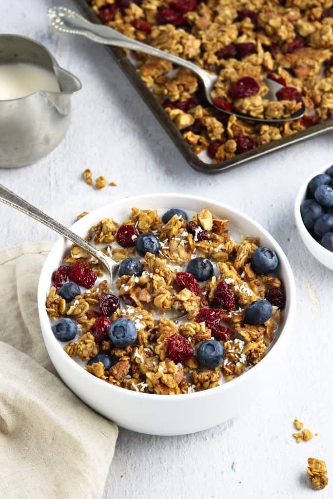 Vegan Granola With Cherries And Almonds Vegan Huggs